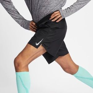 """Nike Challenger Mens 7"""" Brief-Lined Running Shorts"""